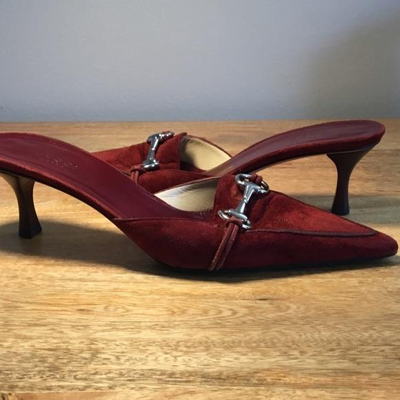 19d7a9e16 Gucci Shoes - Gucci red